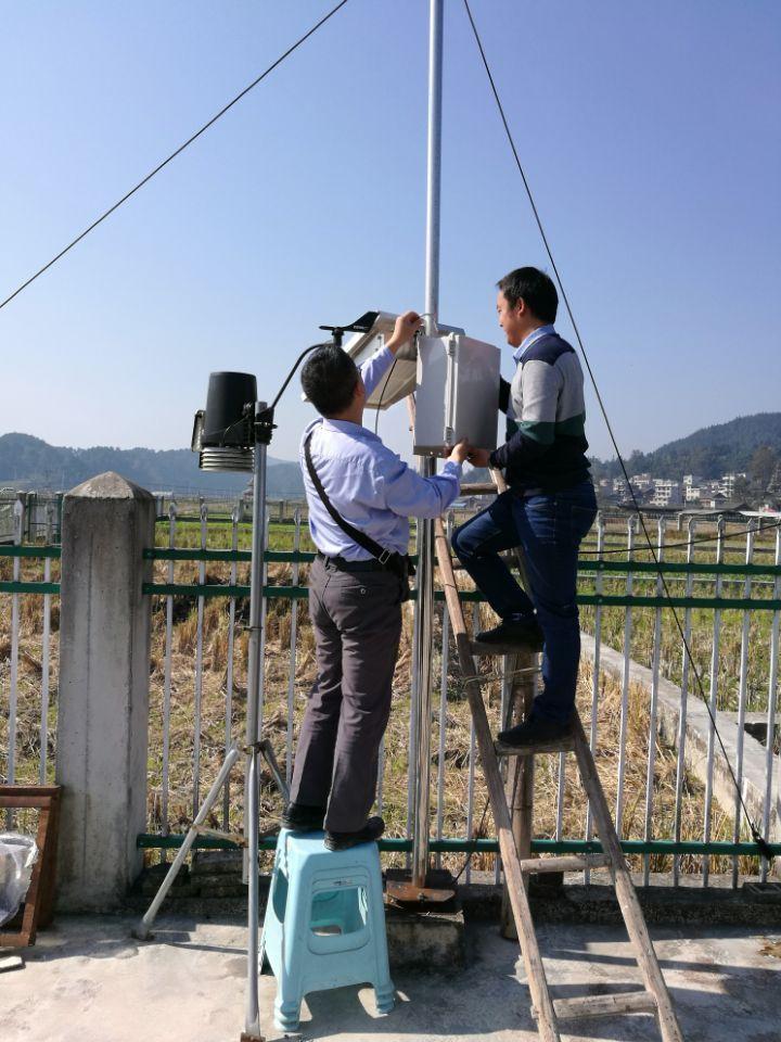 强化设备管护确保监测科学,马铃薯晚疫病预警系统田间气象站点维护工作完成_薯卫士_马铃薯支持平台